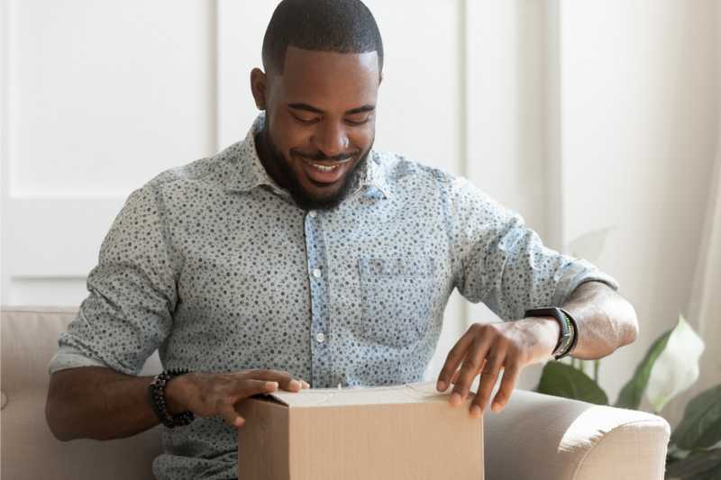 5 Ways to Use Custom Packaging to Stand Out in a Crowded Market